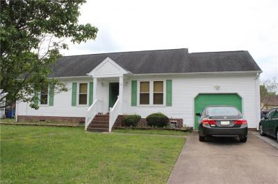 Photo of 515 Appaloosa Trail, Chesapeake, VA 23323