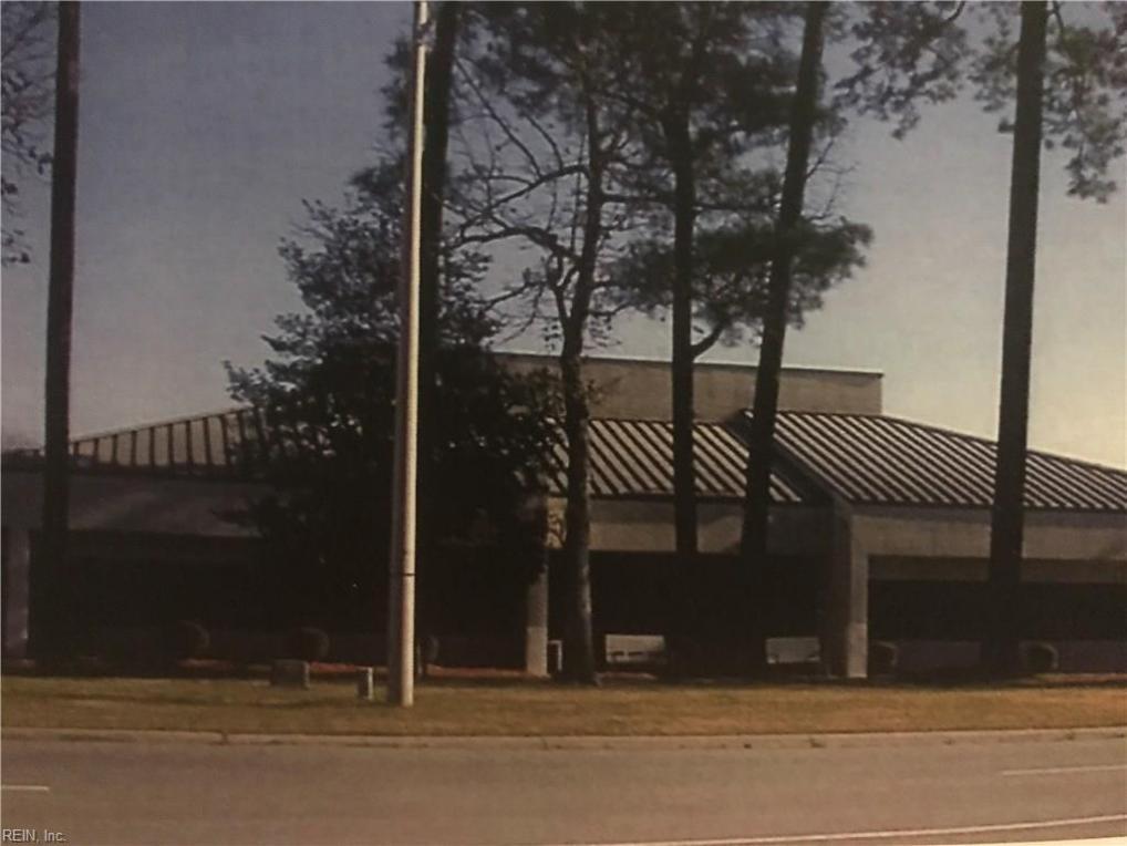 2000 Hillpoint Boulevard N, Suffolk, VA 23434