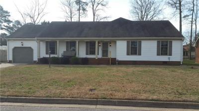 Photo of 829 Donnington Drive, Chesapeake, VA 23322