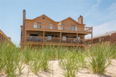 Photo of 810 W Ocean View Avenue, Norfolk, VA 23503