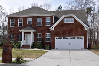 Photo of 1126 Sutherlyn Court, Chesapeake, VA 23322