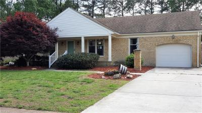 Photo of 1332 Fordyce Drive, Chesapeake, VA 23322