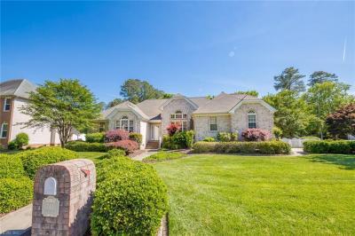 Photo of 741 Edenbridge Drive, Chesapeake, VA 23322