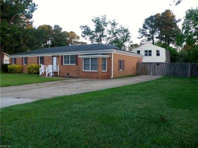 Photo of 1412 Norlina Drive, Chesapeake, VA 23322