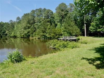Photo of 947 Scenic Boulevard, Chesapeake, VA 23322
