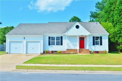 Photo of 3228 Mistletoe Way, Chesapeake, VA 23323