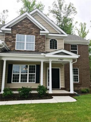 Photo of 1267 Auburn Hill Drive, Chesapeake, VA 23320