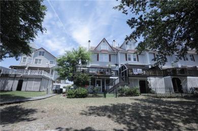 789 W Ocean View Avenue, Norfolk, VA 23503