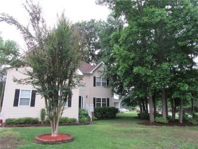 Photo of 800 Crosswood Court, Chesapeake, VA 23322
