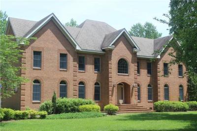 Photo of 437 Woodards Ford Road, Chesapeake, VA 23322