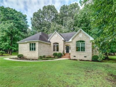 Photo of 621 Ravenwoods Drive, Chesapeake, VA 23322