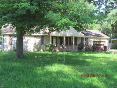 Photo of 609 Lovegrove Avenue, Chesapeake, VA 23323