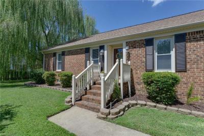 Photo of 904 Pine Level Lane, Chesapeake, VA 23322