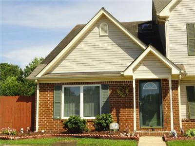 Photo of 607 Brisa Court, Chesapeake, VA 23322