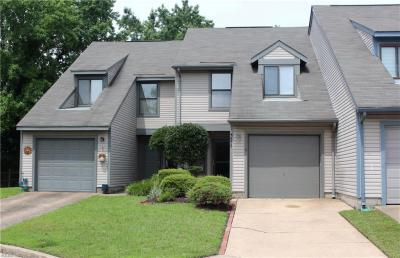 Photo of 321 Woods Edge Court, Virginia Beach, VA 23462