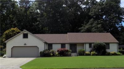 Photo of 604 Hassell Drive, Chesapeake, VA 23322