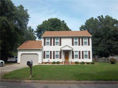 Photo of 513 Currituck Drive, Chesapeake, VA 23322