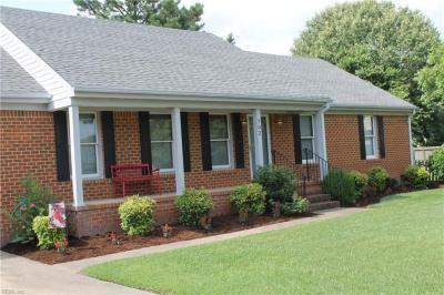Photo of 702 Waterstock Court, Chesapeake, VA 23322