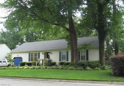 Photo of 728 Hilda Pine Drive, Chesapeake, VA 23322