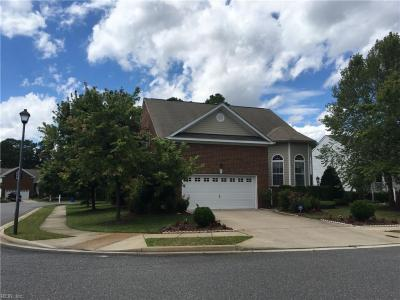Photo of 437 River Arch Drive, Chesapeake, VA 23320