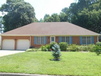 Photo of 433 Las Gaviotas Boulevard, Chesapeake, VA 23322