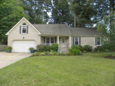 Photo of 1024 Amberdale Drive, Chesapeake, VA 23322