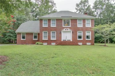 Photo of 1912 Hunt Club Lane, Chesapeake, VA 23323