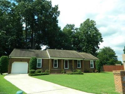 Photo of 609 Robinold Court, Chesapeake, VA 23322