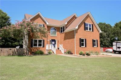 Photo of 569 Fair Oak Drive, Chesapeake, VA 23322