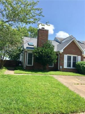 Photo of 513 Brisa Drive, Chesapeake, VA 23322