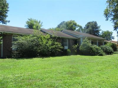 Photo of 437 Longdale Crescent, Chesapeake, VA 23325