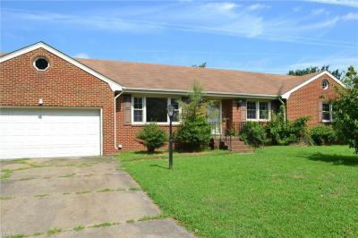 Photo of 581 Longdale Crescent, Chesapeake, VA 23325
