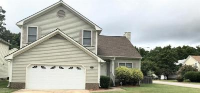 Photo of 820 Hardwood Drive, Chesapeake, VA 23320