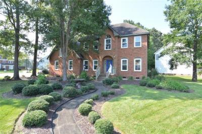Photo of 808 Bay Laurel Court, Chesapeake, VA 23322