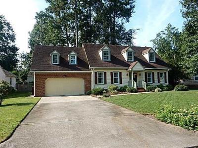 Photo of 825 Donnington Drive, Chesapeake, VA 23322