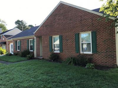 Photo of 303 Creekwood Drive, Chesapeake, VA 23323