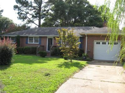Photo of 316 Lenore Trail, Chesapeake, VA 23320