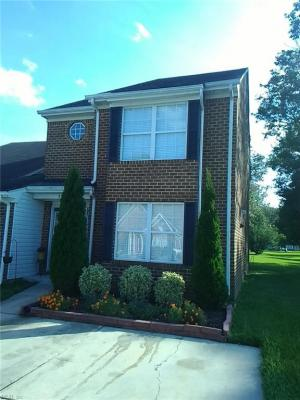 Photo of 3727 Whitechapel Arch, Chesapeake, VA 23321