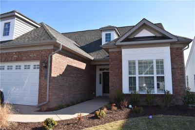 Photo of 1041 Whitburn Terrace #390, Chesapeake, VA 23322