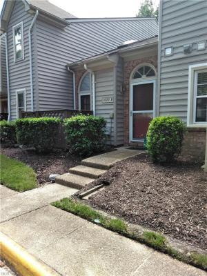 Photo of 1020 Saint Andrews Way #B, Chesapeake, VA 23320