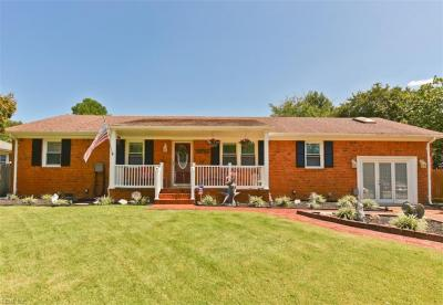 Photo of 409 Meadow Creek Drive, Chesapeake, VA 23323