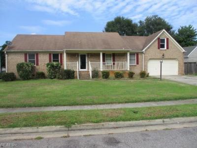 Photo of 421 Downing Drive, Chesapeake, VA 23322