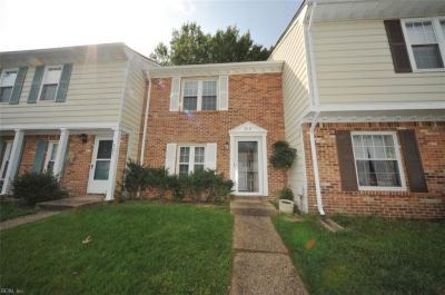 Photo of 919 Ketch Court, Chesapeake, VA 23320