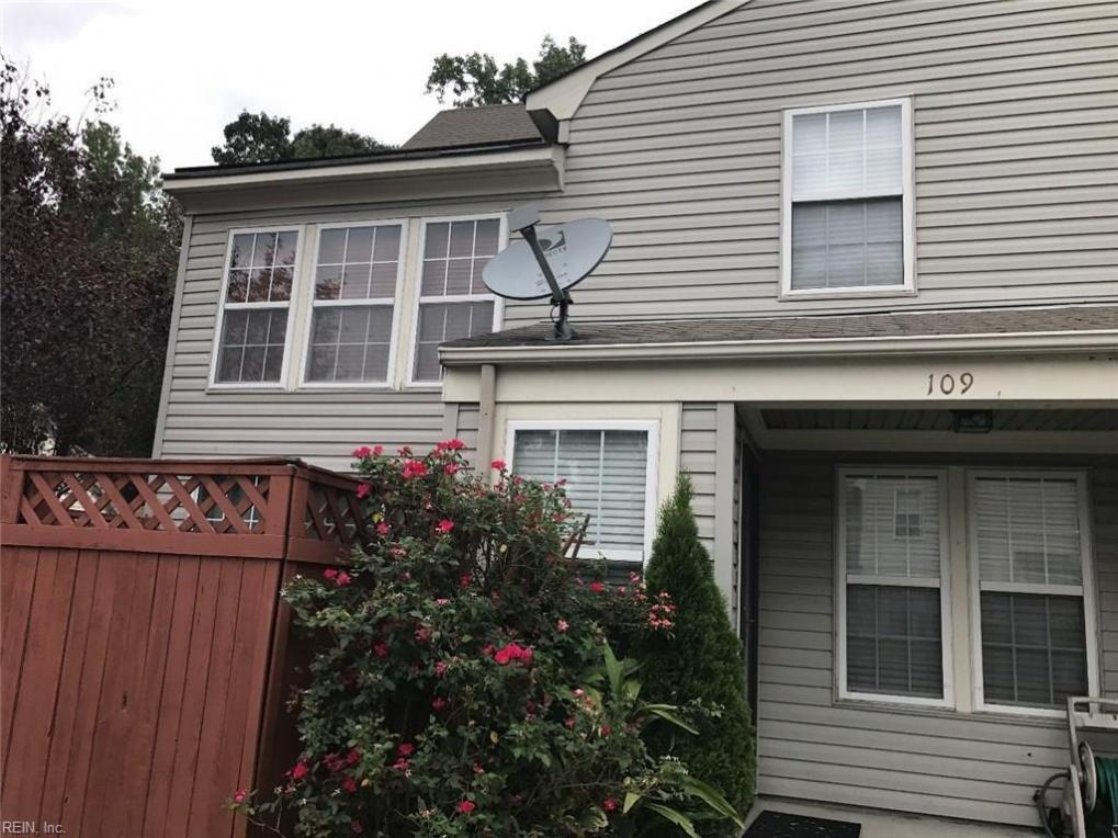 109 Locust Lane, Yorktown, VA 23693