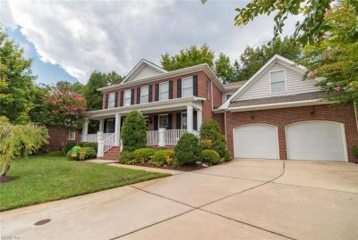 Photo of 811 Falls Creek Drive, Chesapeake, VA 23322