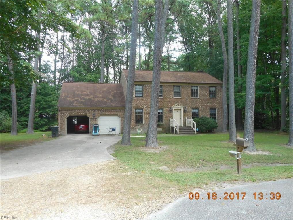 103 Longwood Circle, Yorktown, VA 23692