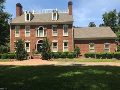 Photo of 505 Woodsmere Road, Chesapeake, VA 23322