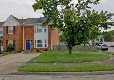 Photo of 301 Amherst Court, Chesapeake, VA 23320