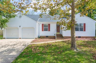 Photo of 753 Willow Bend Drive, Chesapeake, VA 23323