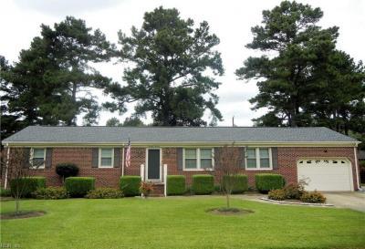 Photo of 1414 Buxton Drive, Chesapeake, VA 23322